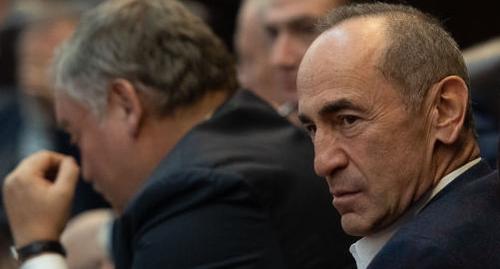 Суд обнародует решение о возможности залога в отношении Роберта Кочаряна 7 ноября