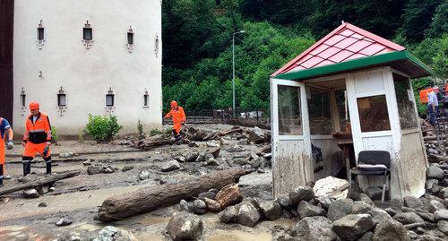 Кавказский Узел | Сход селя в Сочи вынудил отдыхающих изменить планы